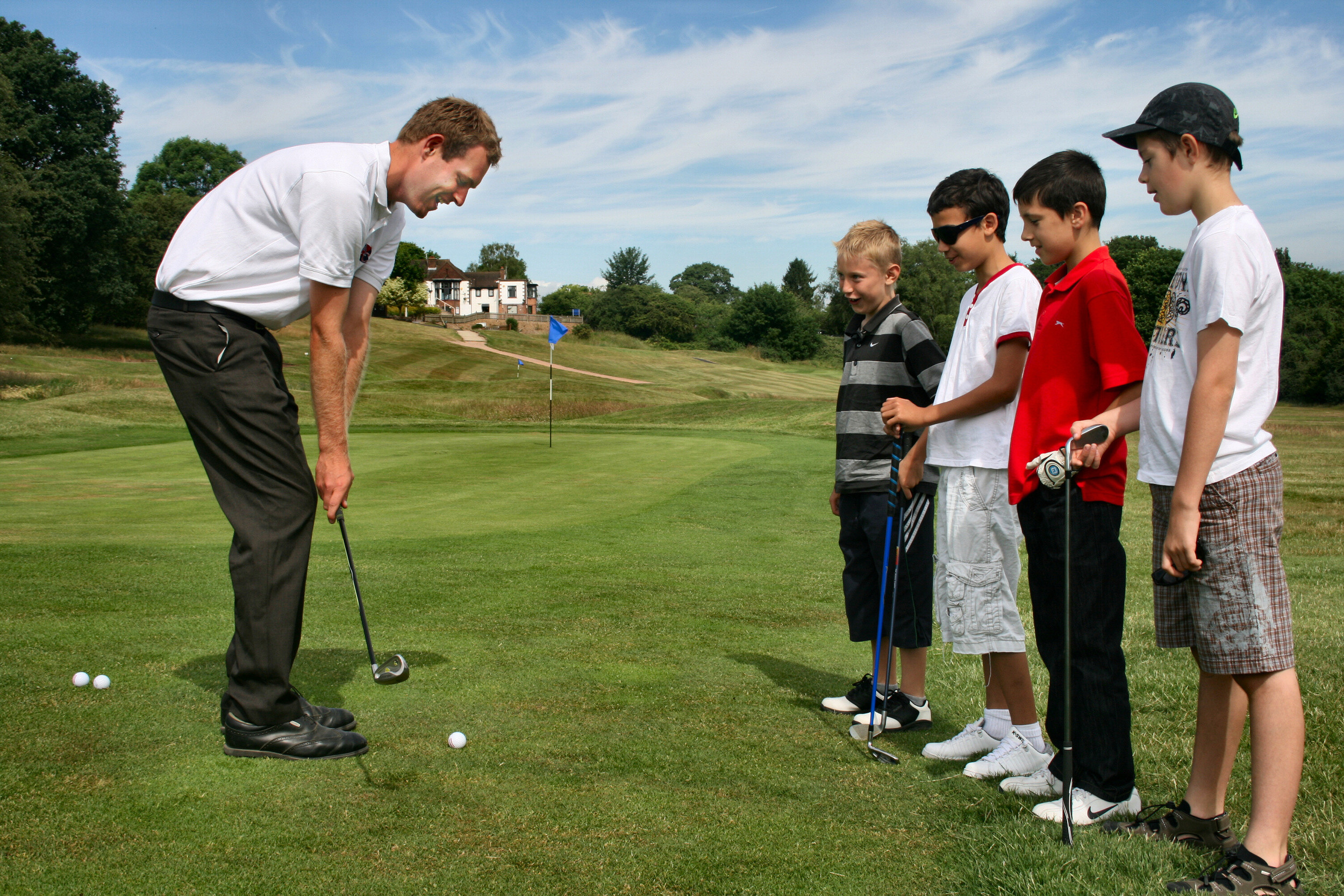addington-court-golfmark-accreditation-alexmacgregor-pga-professional-coaching-children.jpg