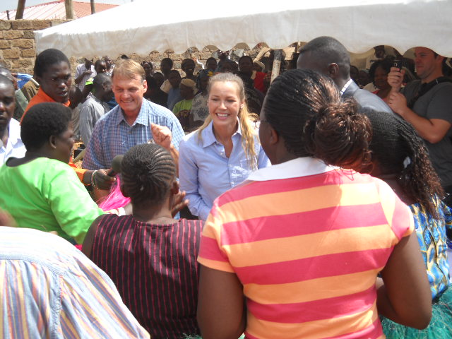 david warner & C dancing kibera presentation.JPG