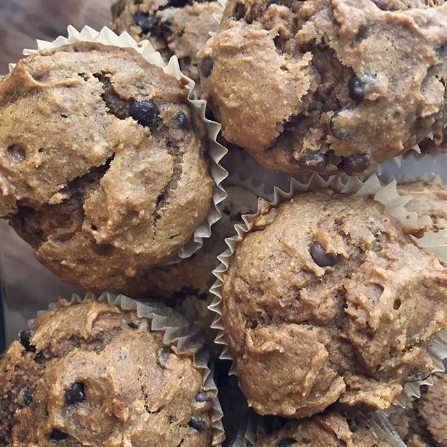 Thankful for: a safe, warm, and sometimes messy home, the amount of love in our family, our health, these delicious allergen-free pumpkin chocolate chip muffins for my mini, and for having list of things I'm thankful for that could go on and on. #thanksgiving #dessert #allergyawareness #effortandease #thankful #love #family #toddlertreats