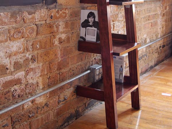 Leaner Shelf