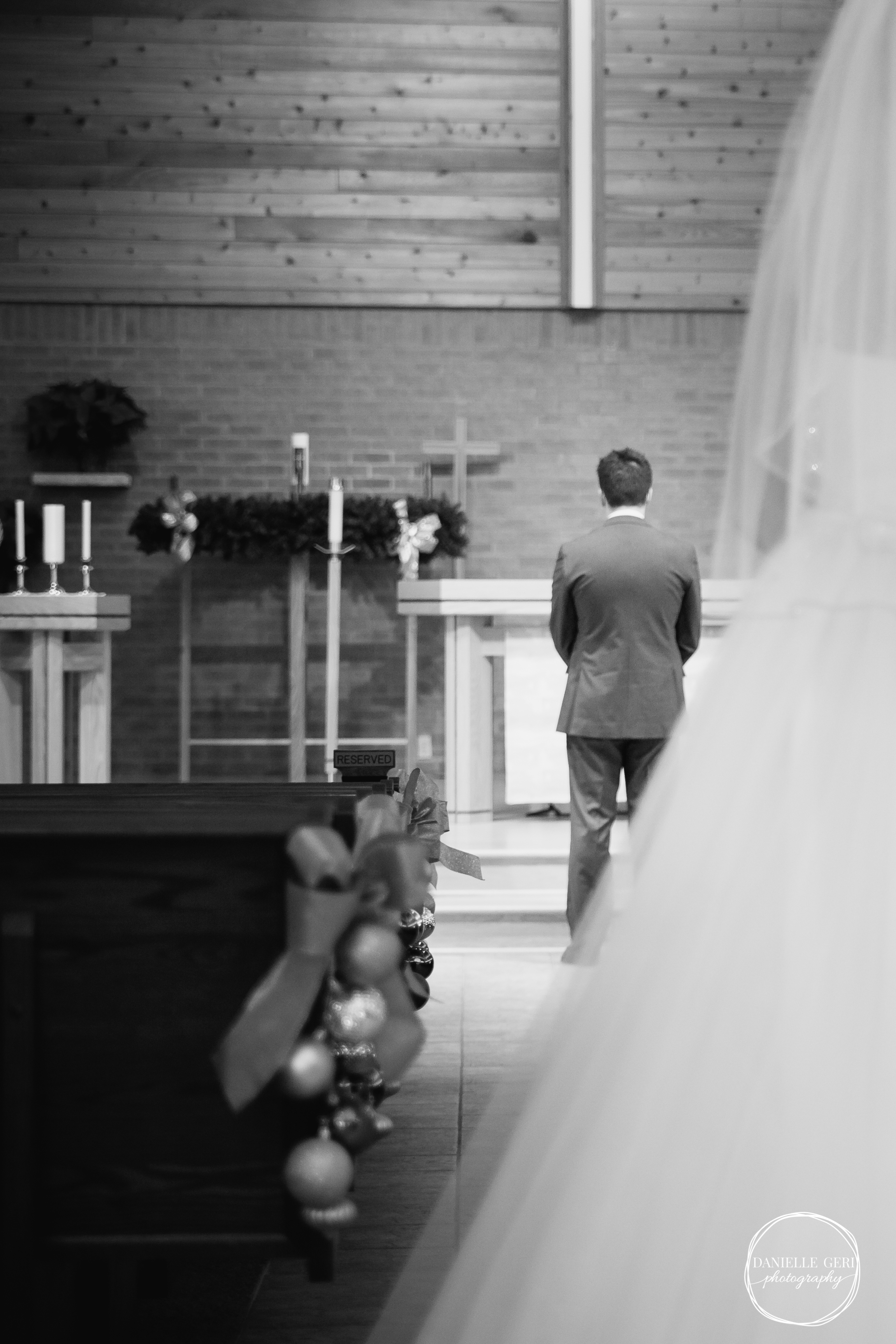 MN.Wedding.Winter.Photography-11.jpg