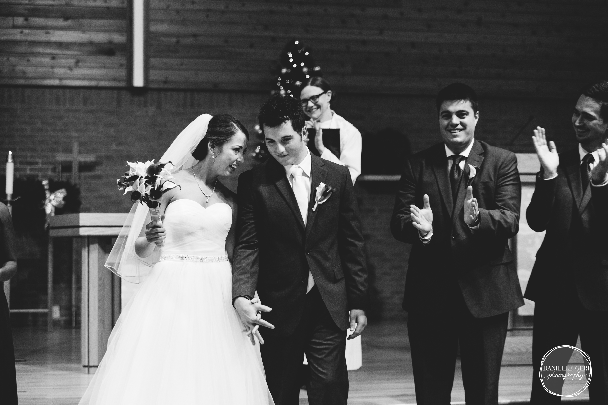 MN.Wedding.Winter.Photography-38.jpg
