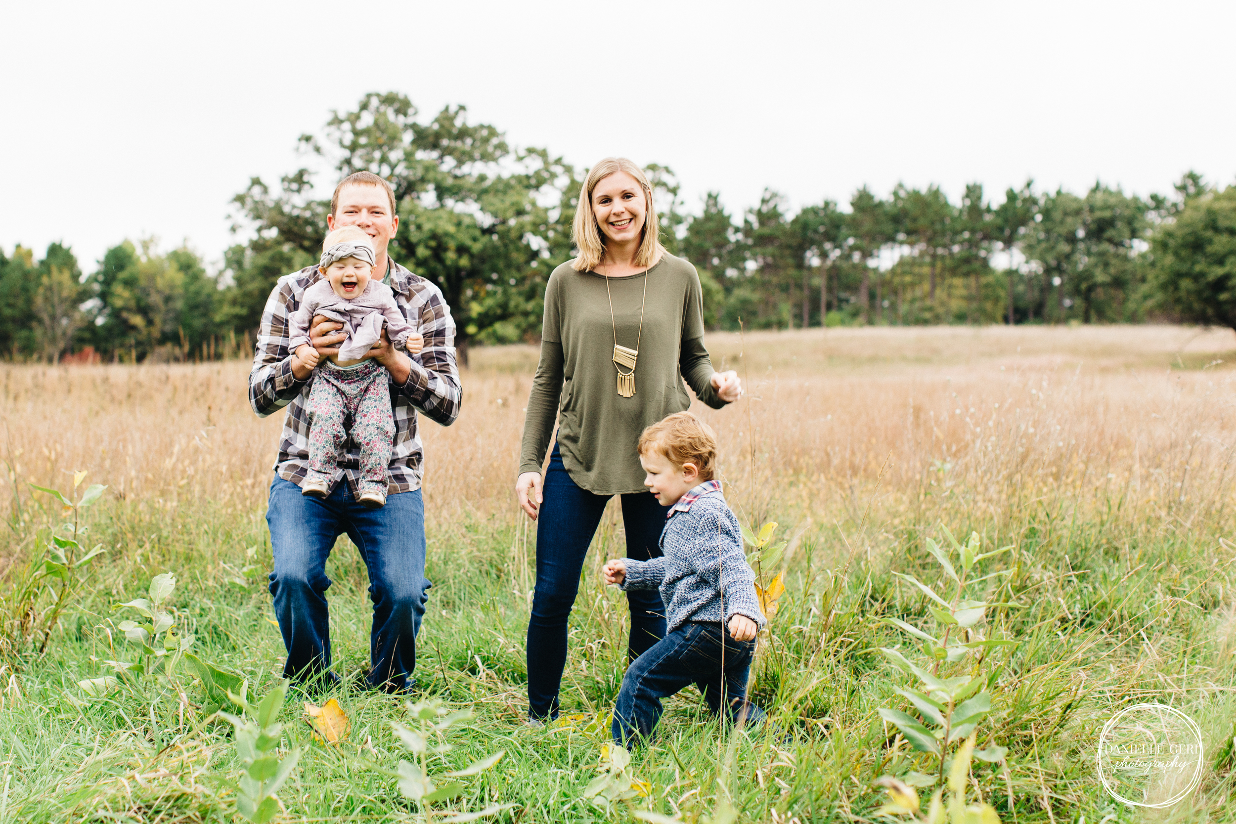 Andover, Minnesota Lifestyle Family Photographer and Photography-7.jpg