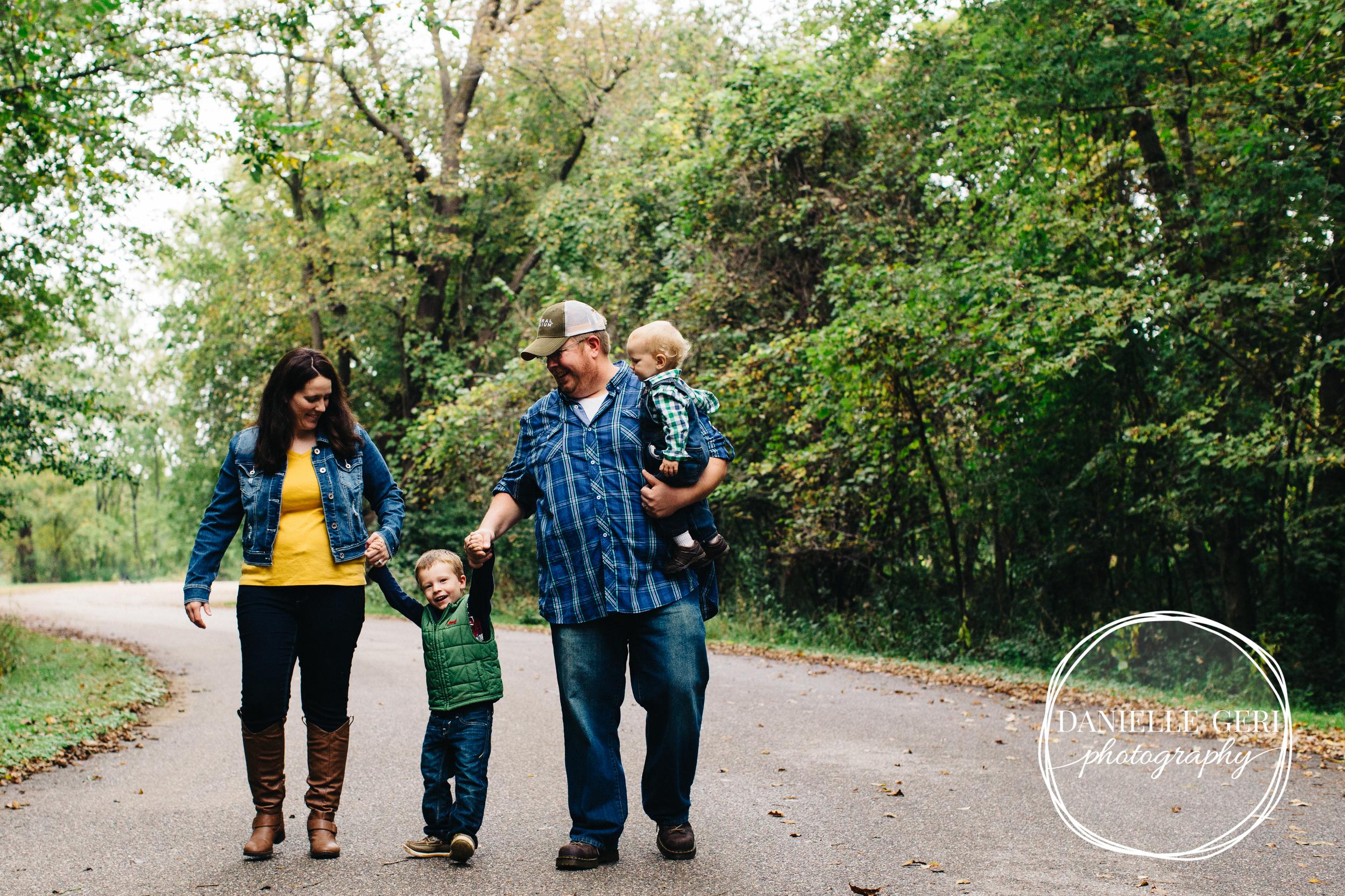 Buffalo, Minnesota Family Lifestyle Photography-8.jpg
