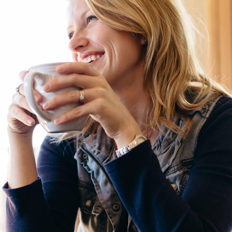 Danielle Geri Long of Danielle Geri Photography. A Buffalo, MN based company.