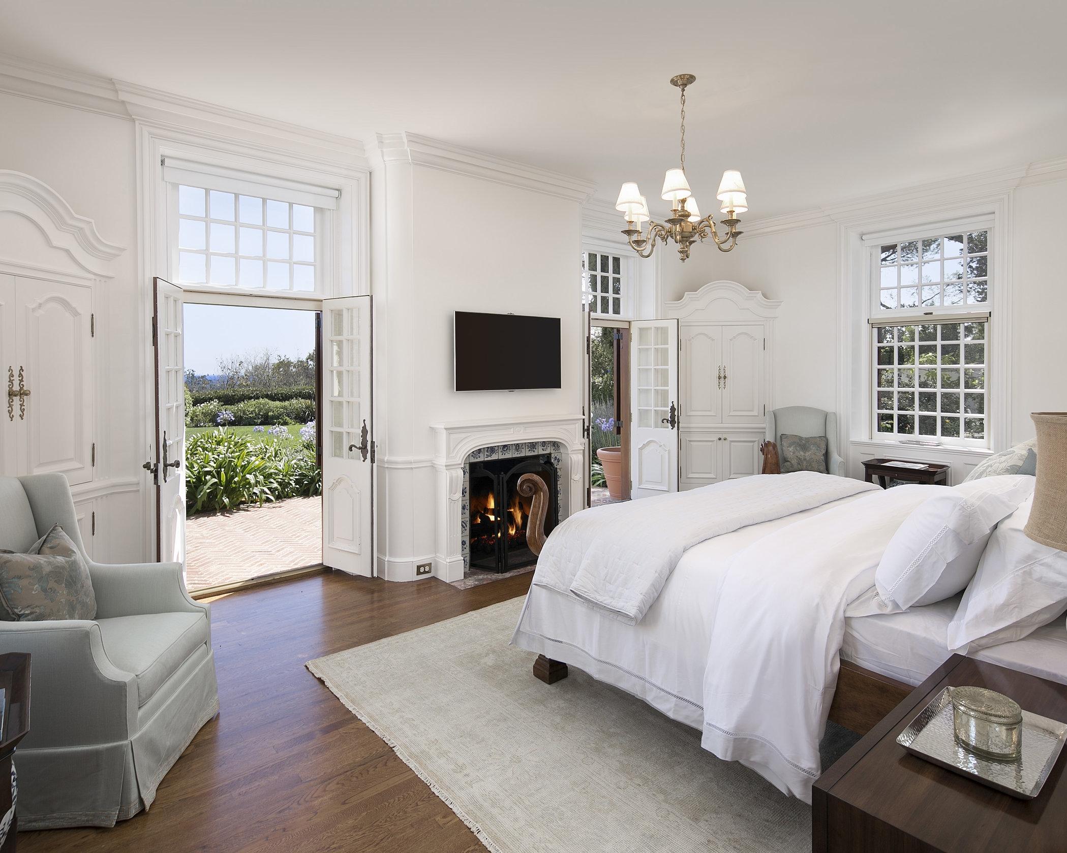 1599EValleyRd~Master Bedroom.jpg