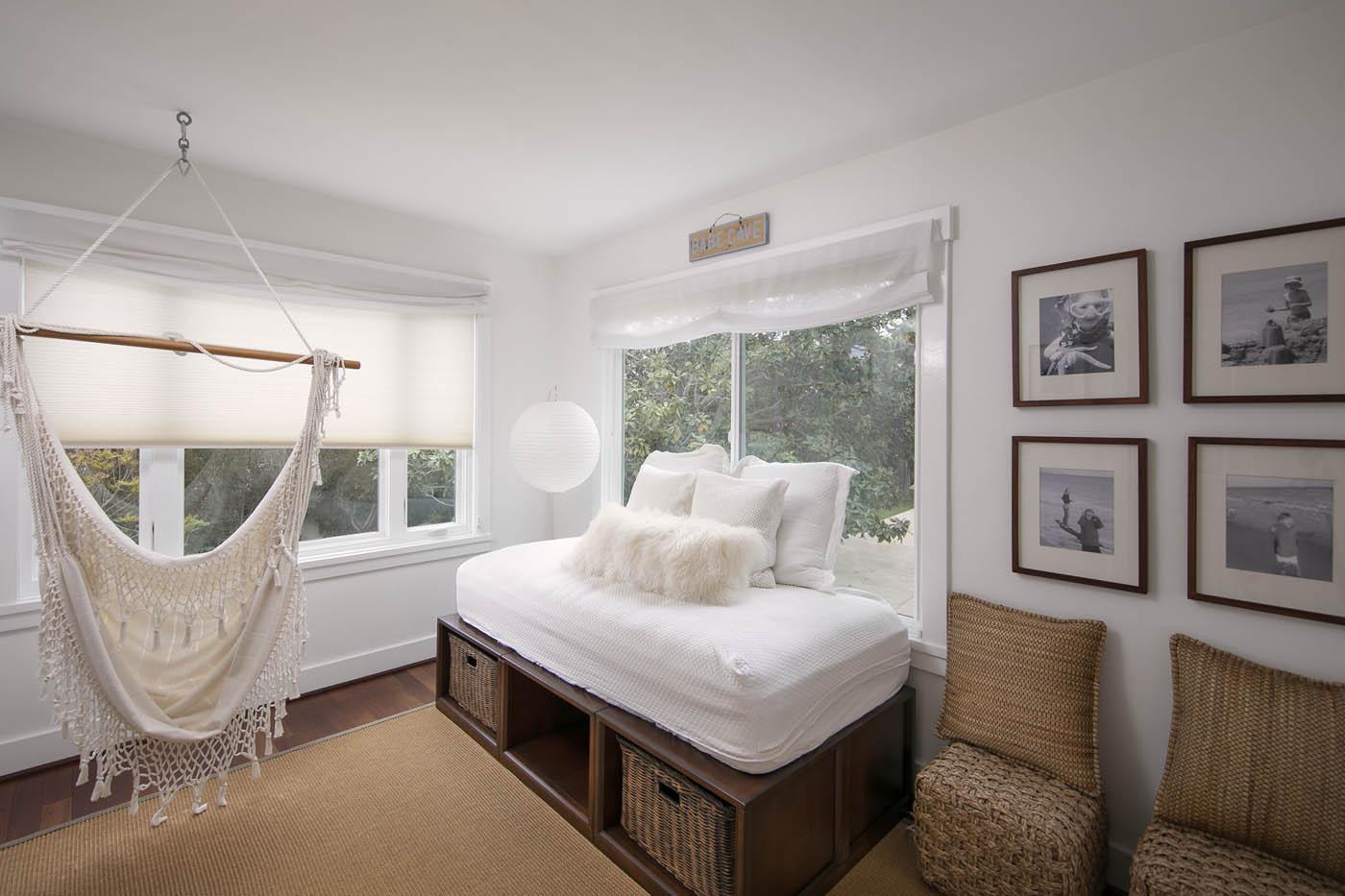Guest bedroom 3.jpg