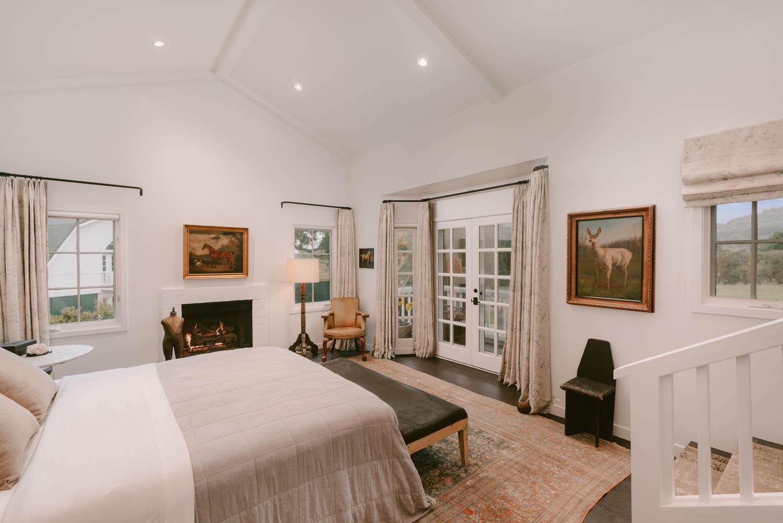 Property for Sale: 568 Toro Canyon Road, Montecito, CA 93108 List Price: $7,950,000 3 Beds 4 Full Baths 1 Half Bath Montecito's Modern Farmhouse!
