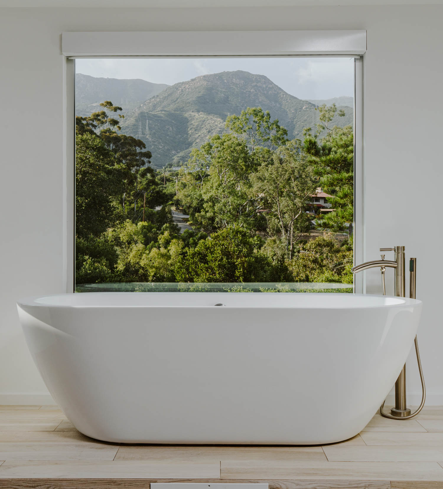 Master Soaking Tub.jpg