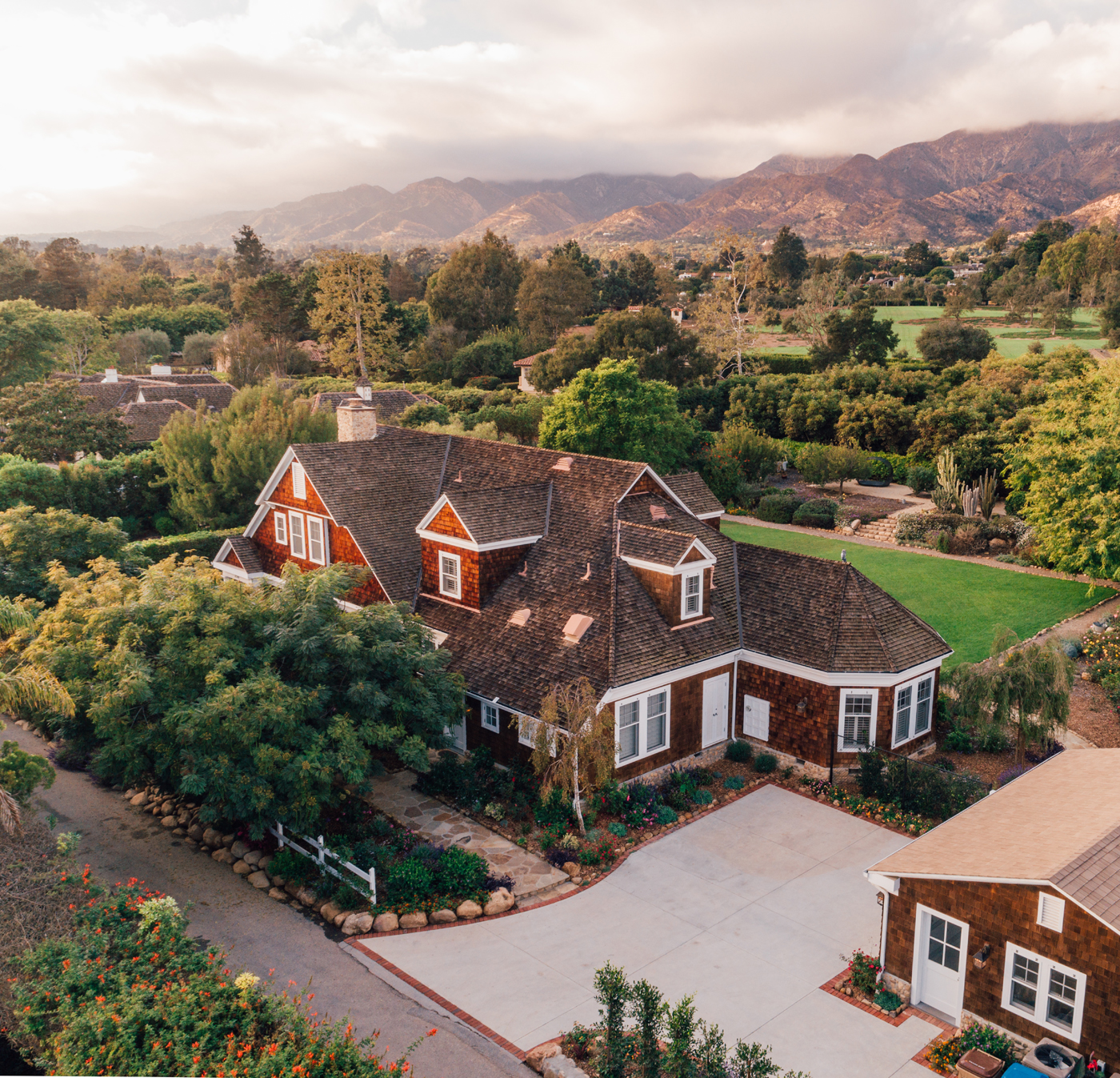 256 Santa Rosa Lane | Curb Appeal