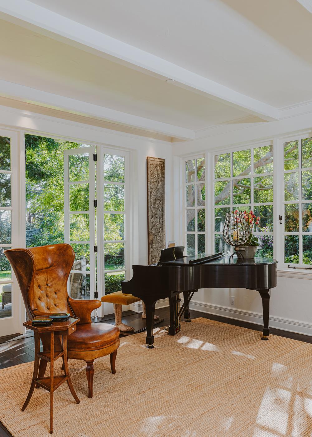 8 Piano Room.jpg