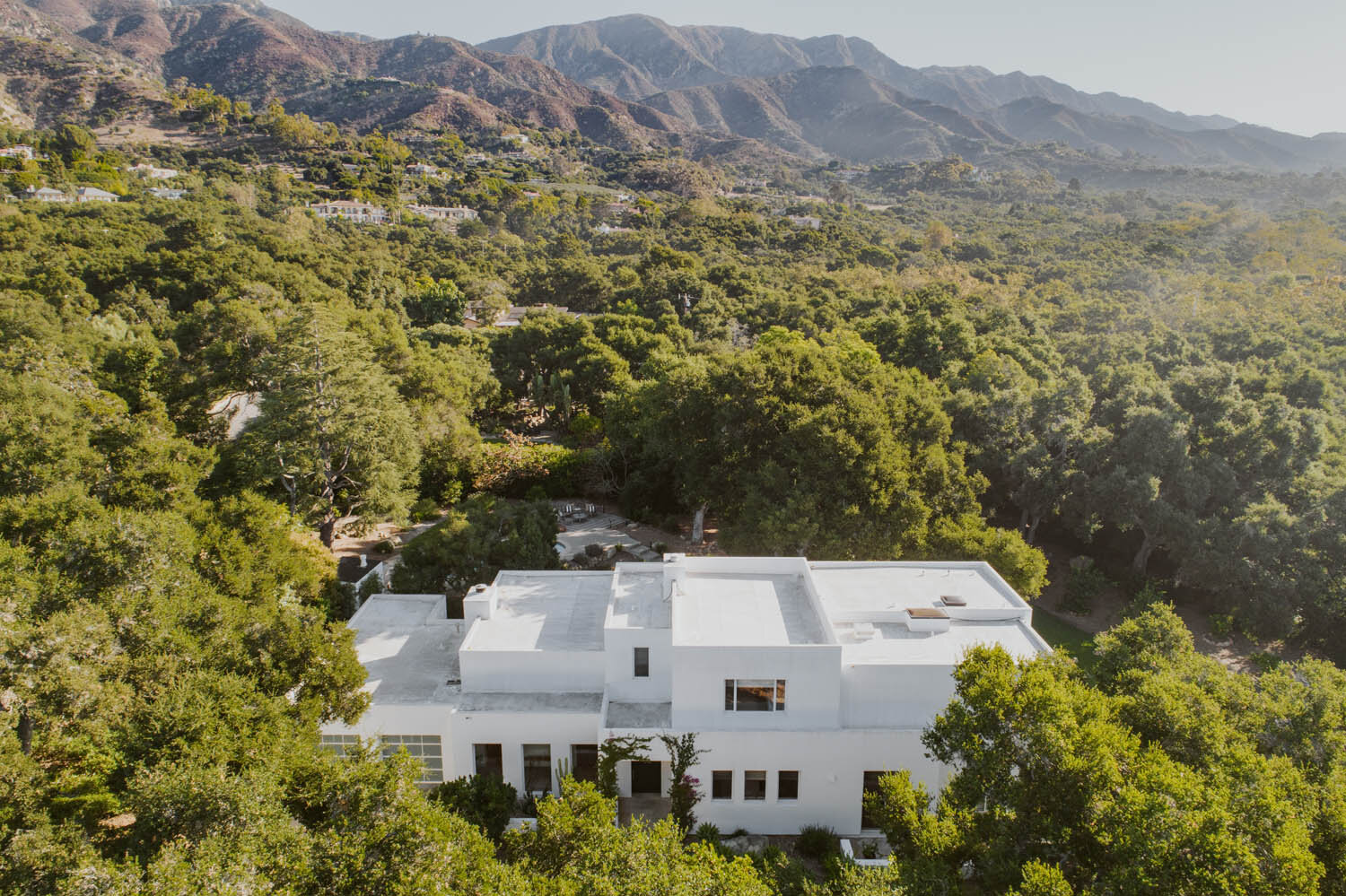 2110 Alisos Drive Montecito Riskin Partners Estate Group Village Properties Southern California Contemporary