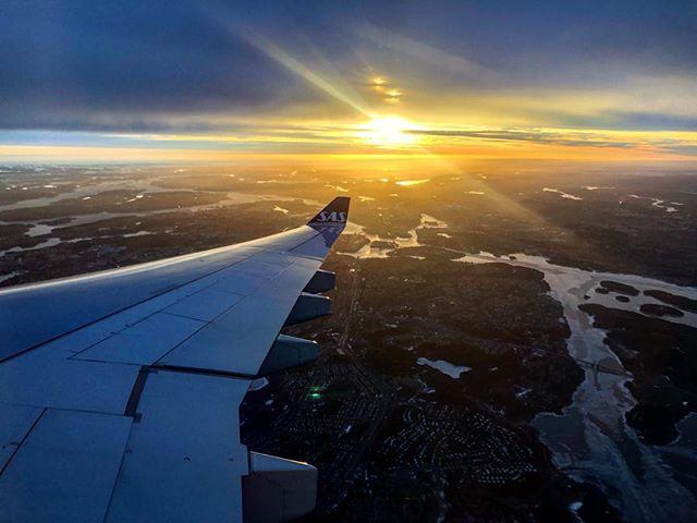 Passing through Stockholm at 6am this morning #🇸🇪 #flysas