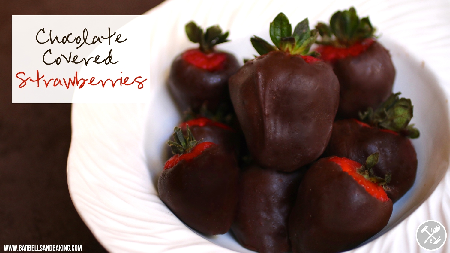 Paleo Chocolate Covered Strawberries - A Delicious, Healthy, and Easy Dessert - www.barbellsandbaking.com
