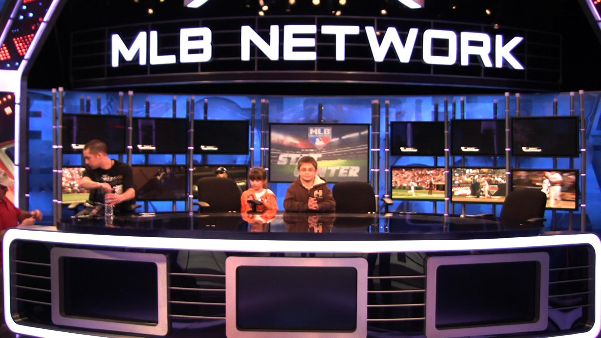 Kids at MLB Network 9.jpg