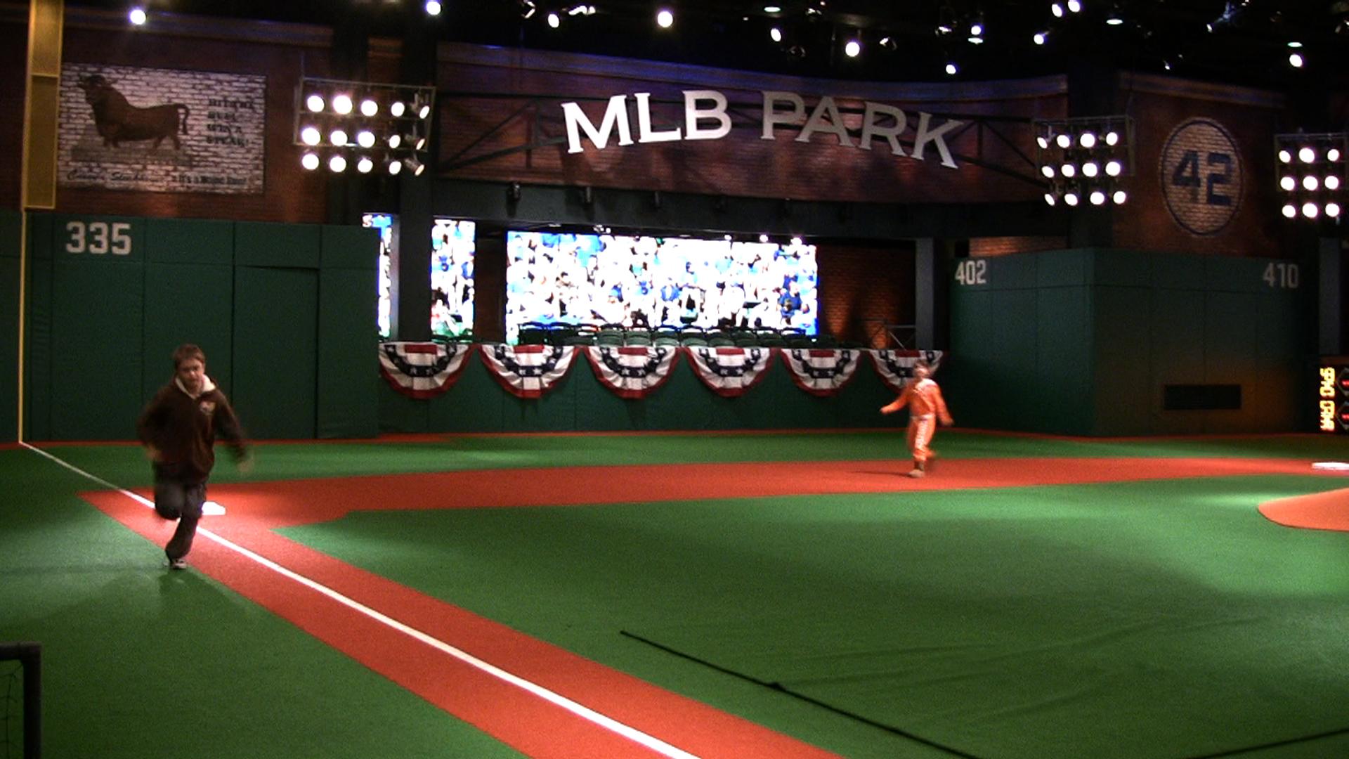Kids at MLB Network 15.jpg