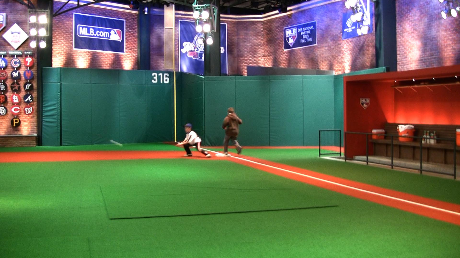 Kids at MLB Network 22.jpg