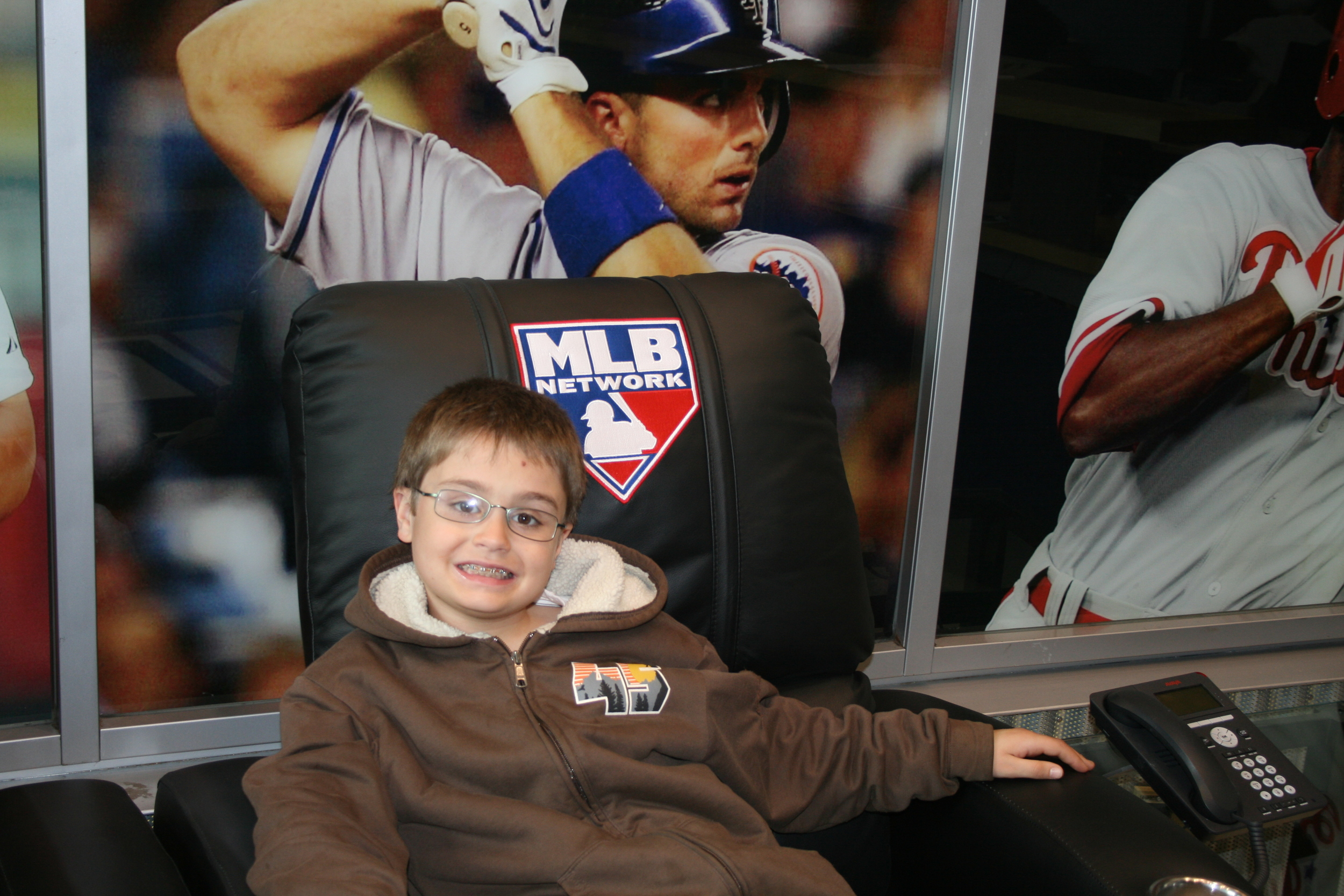 Kids at MLB Network 32.JPG