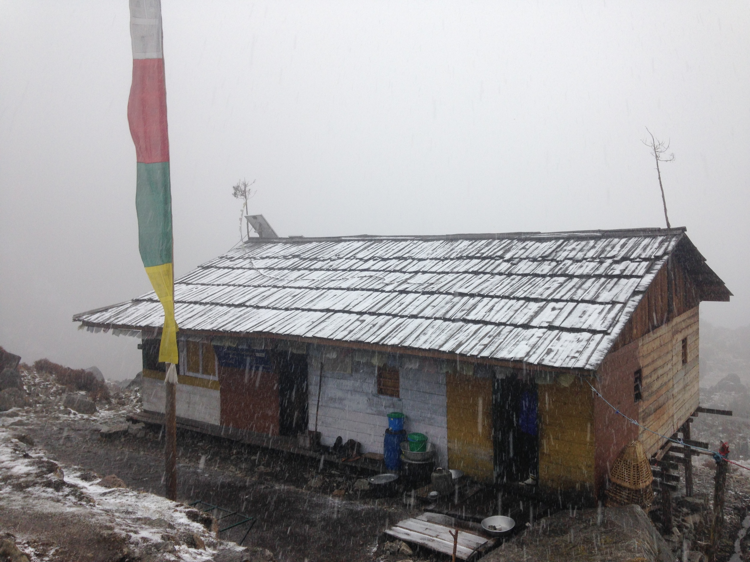 The teahouse at Cheram getting snowed on.