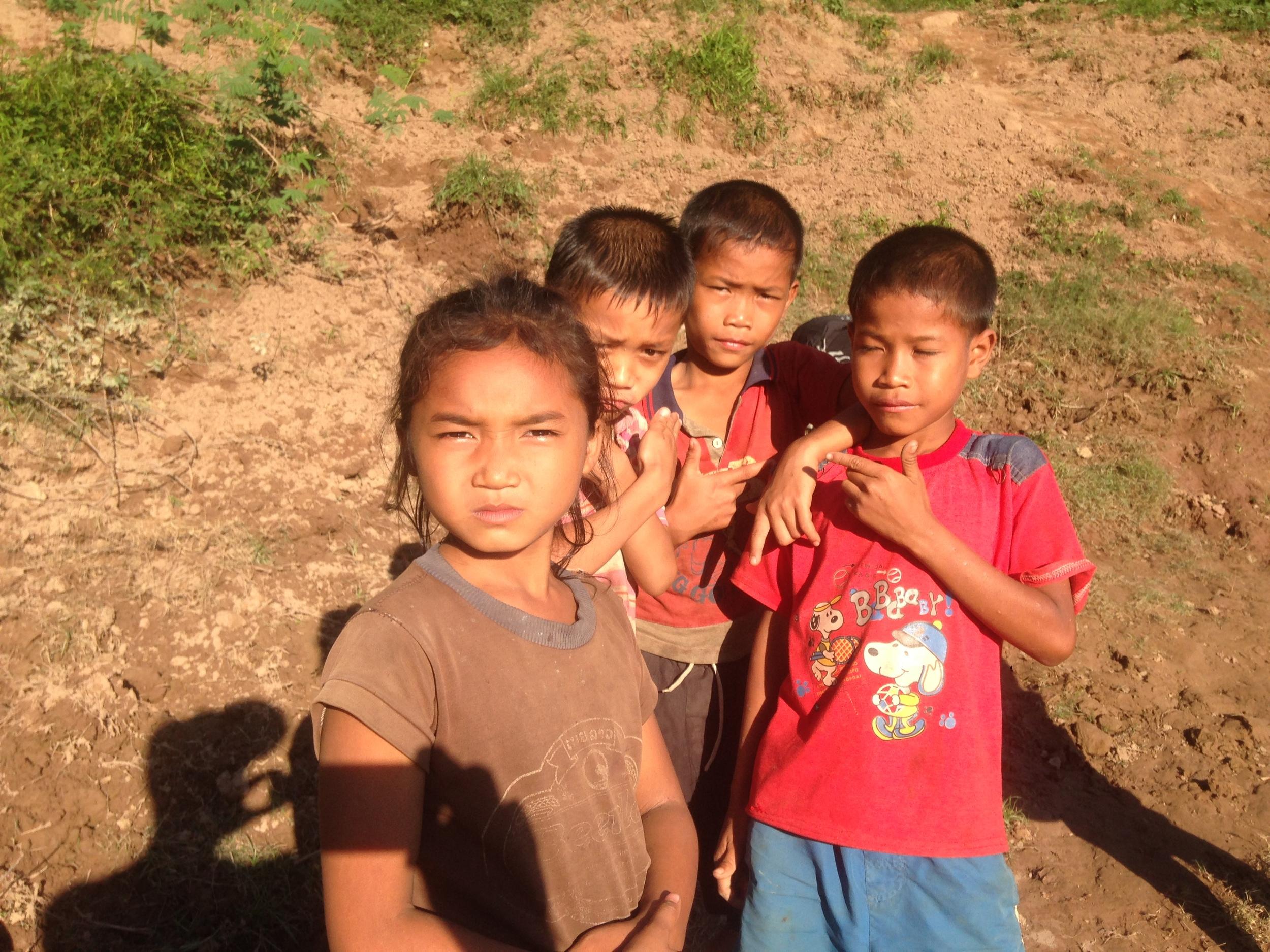 Village kids along the Nam Ou