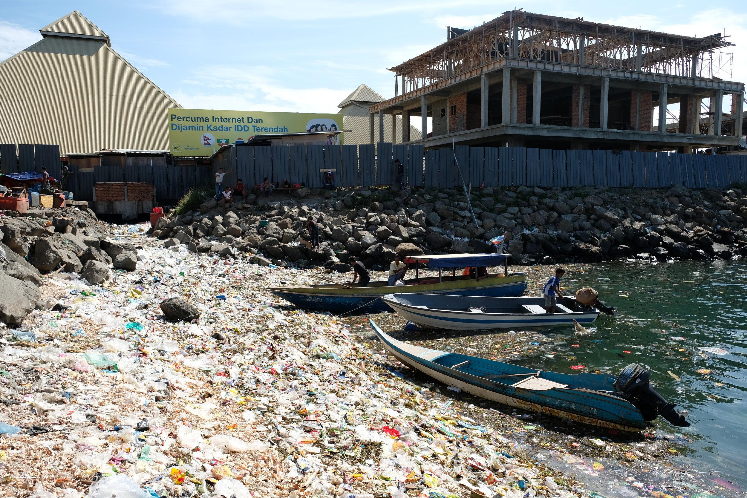 Trash is a major problem - Semporna