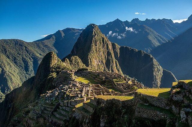 The reward after hiking 5 days on the Salkantay trail. Machu Picchu as the sun comes up and the fog clears! ✔️ #peru #machupicchu #machupicchuperu #travel #travelledworld #travelphotography #photography #landscapephotography #landscape #optoutside #fujifilm #fuji_global #cusco #instatravel #travelgram