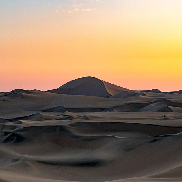 Sunset in the desert. Dunes and color equals a glorious evening. #huacachina #peru #sunset #desert #dunes #adventure #adventuretravel #outdoors #photography #travelphotography #nature #naturephotography #landscape #landscapephotography #fuji #travel #neverstop
