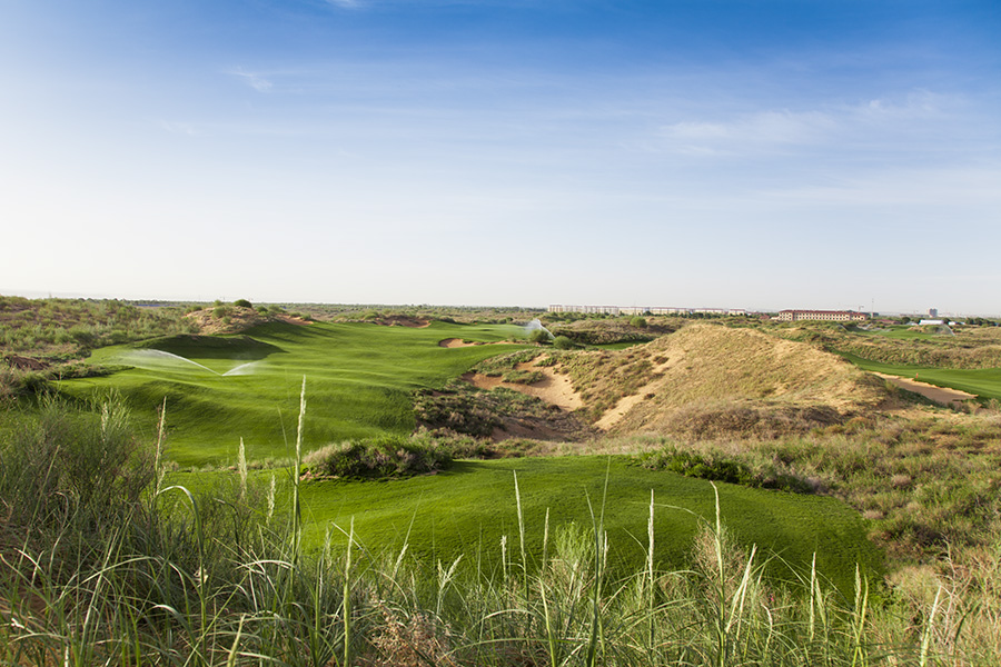 Tee shot of the 17th Hole at Dalu Dunes Golf Club