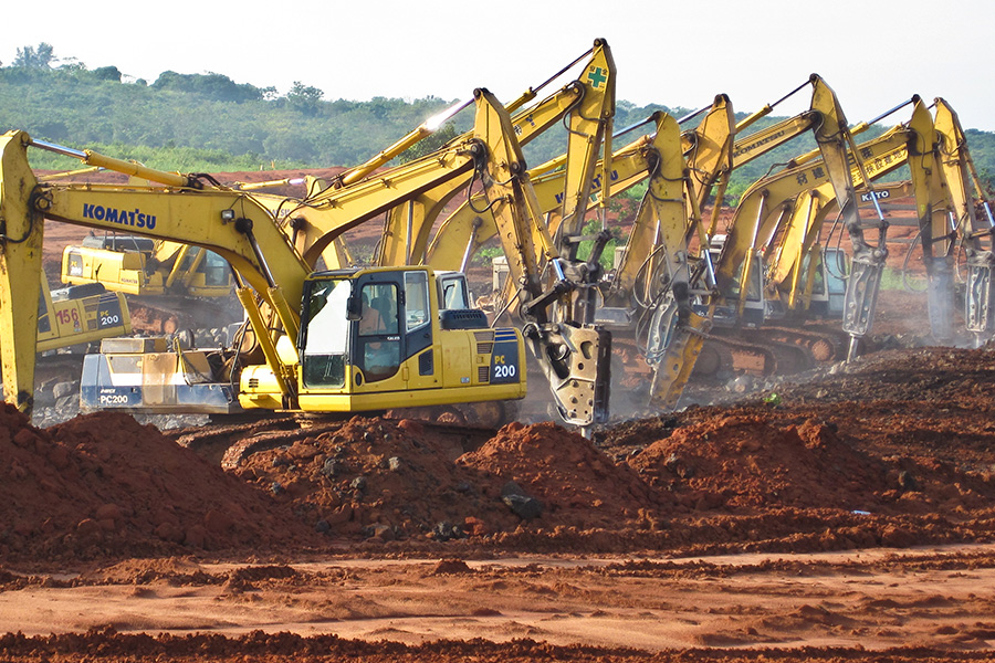 MHH_0004_Excavators at Work (1 of 1).jpg