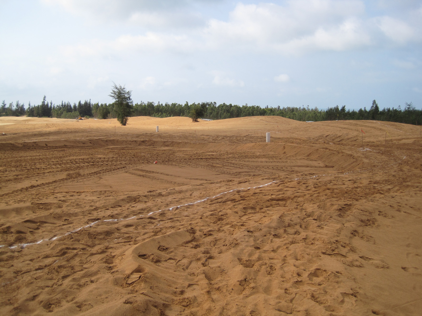 """Construction photo of the """"other"""" Qizi Bay Golf Course"""