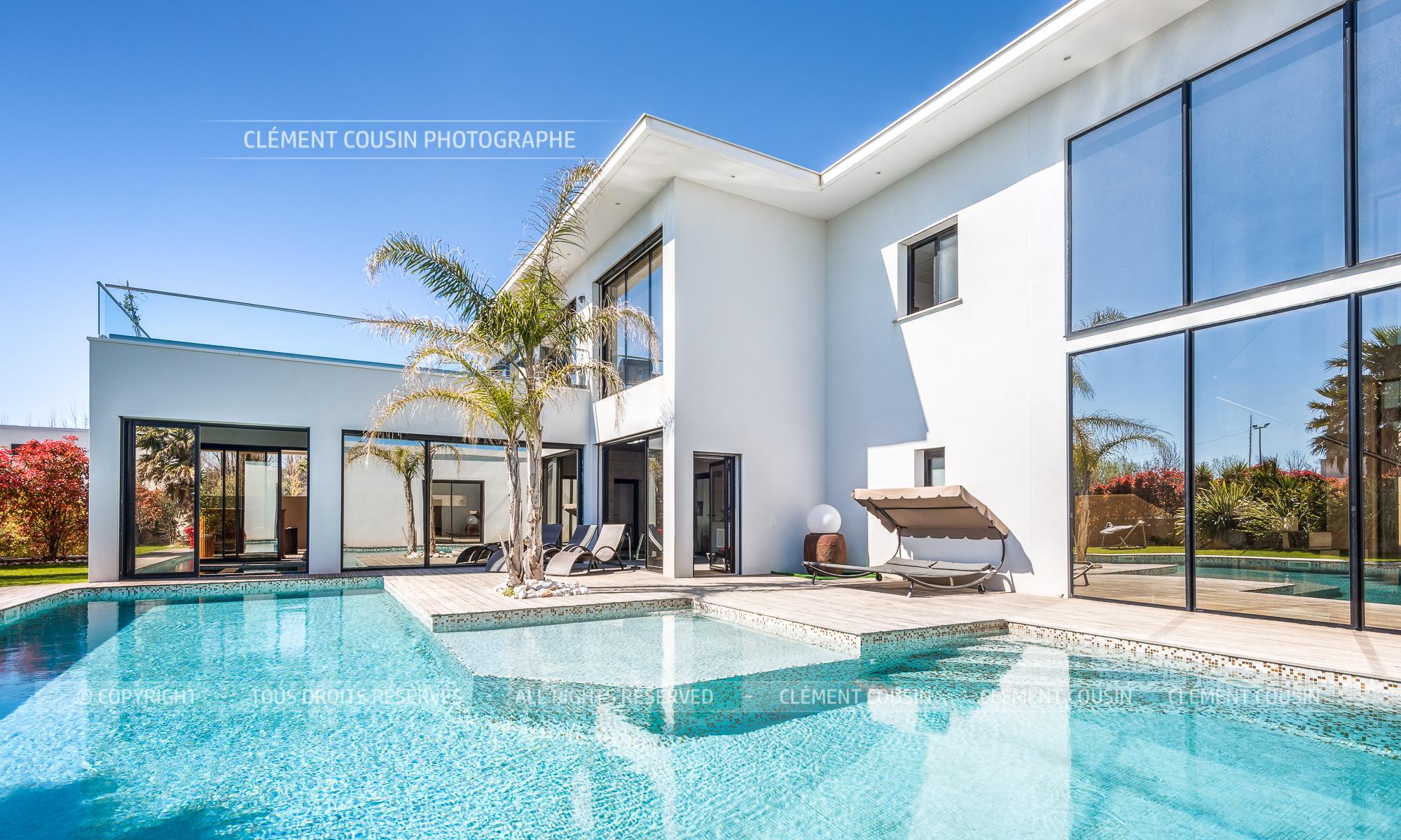 villa grau agde moderne piscine vue mer-1.jpg