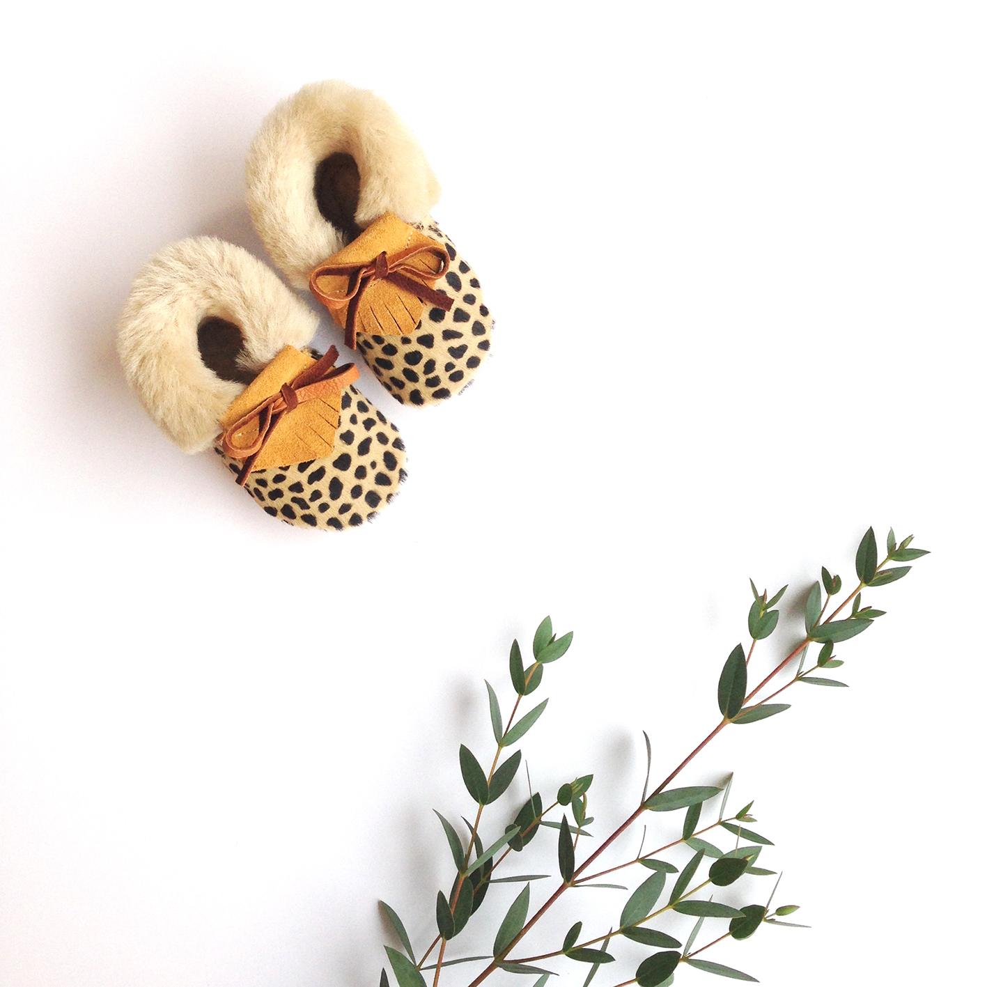 21_tan_cheetah_baby_mocs.jpg