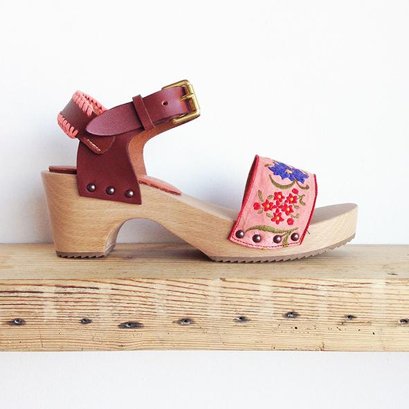 clog_sandal_pinks.jpg