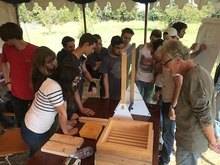 Journée lycéens, fabrication d'outils de mesure pour la ruche écologique, octobre 2017, Céret Organisation : Émilie Drouin, Xavier Abel