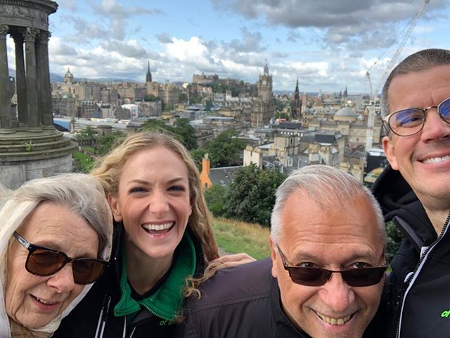 Fun with our #Pittsburgh friends and supporters! 💚 #Edinburgh #PNMEdonors #limelife #limelove