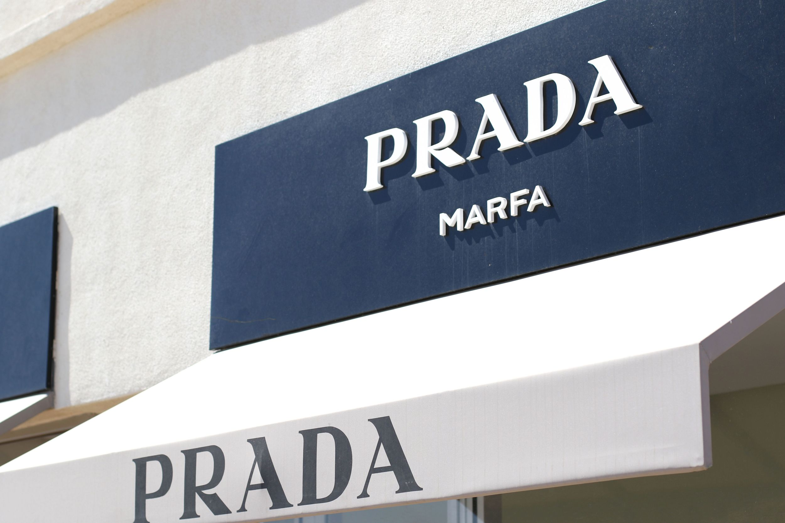 Prada Marfa Sign.jpg