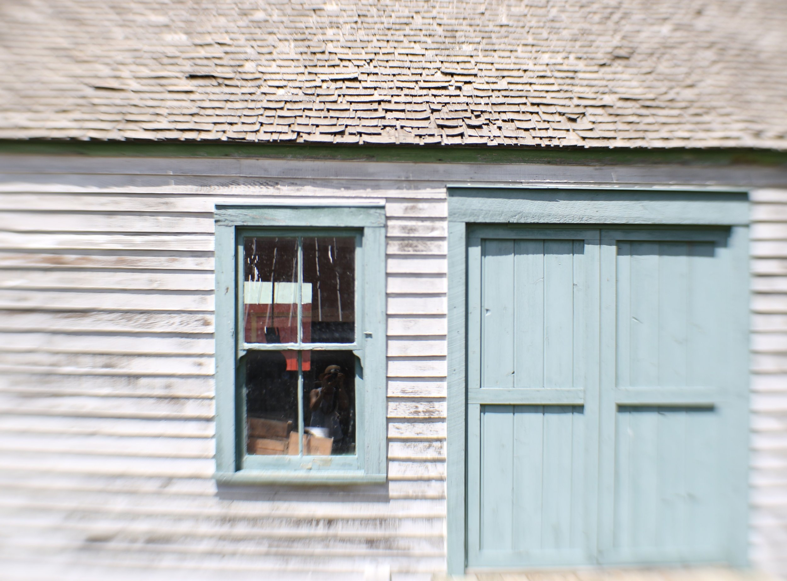 white blue shack south dakota.jpg