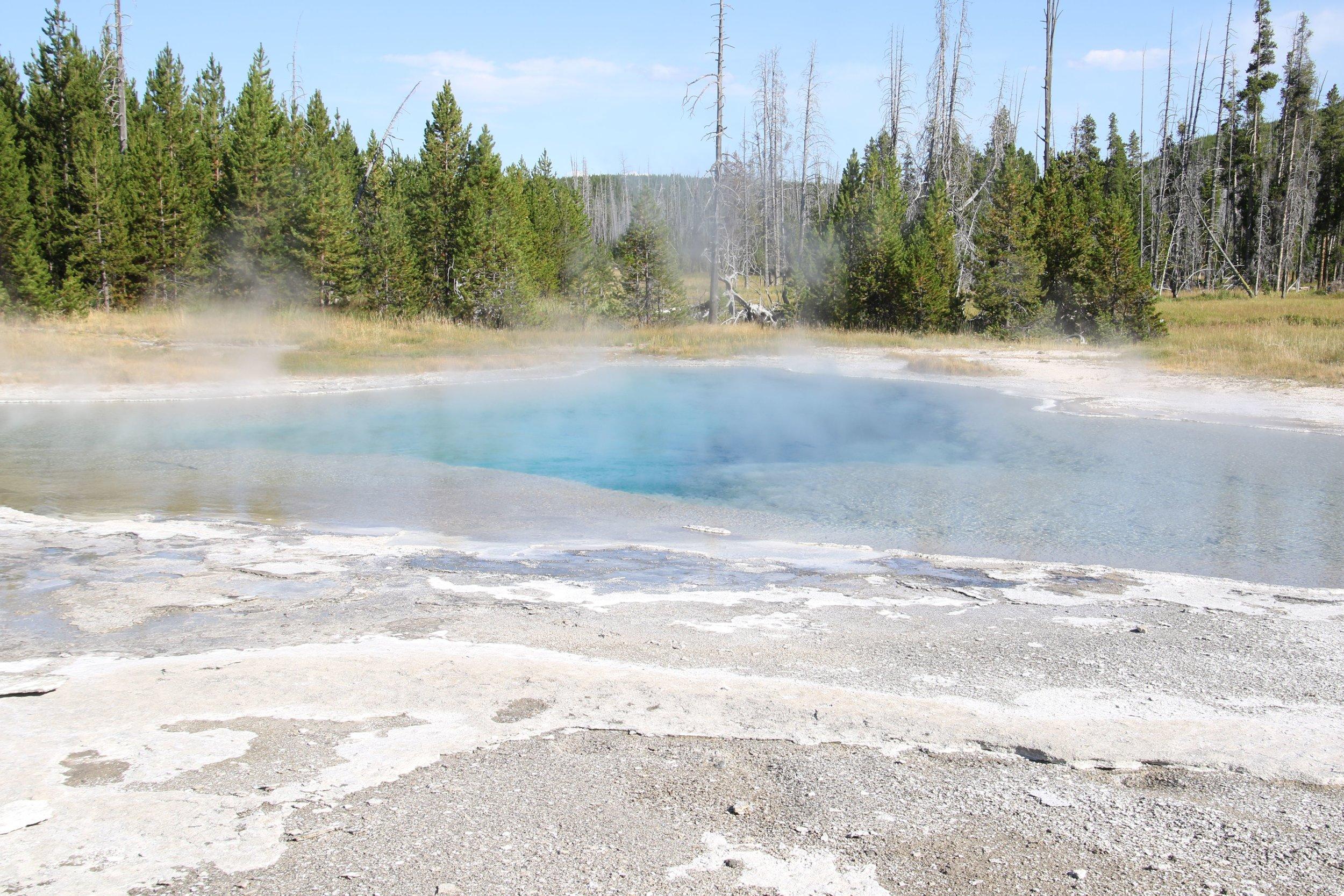 yellowstone blak sand basin 5.jpg
