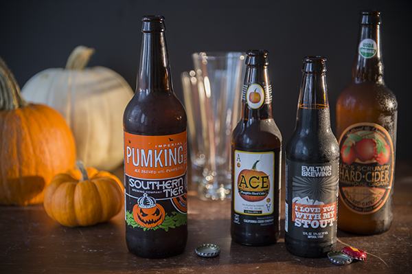 halloween snake bite cocktails - chasing saturdays