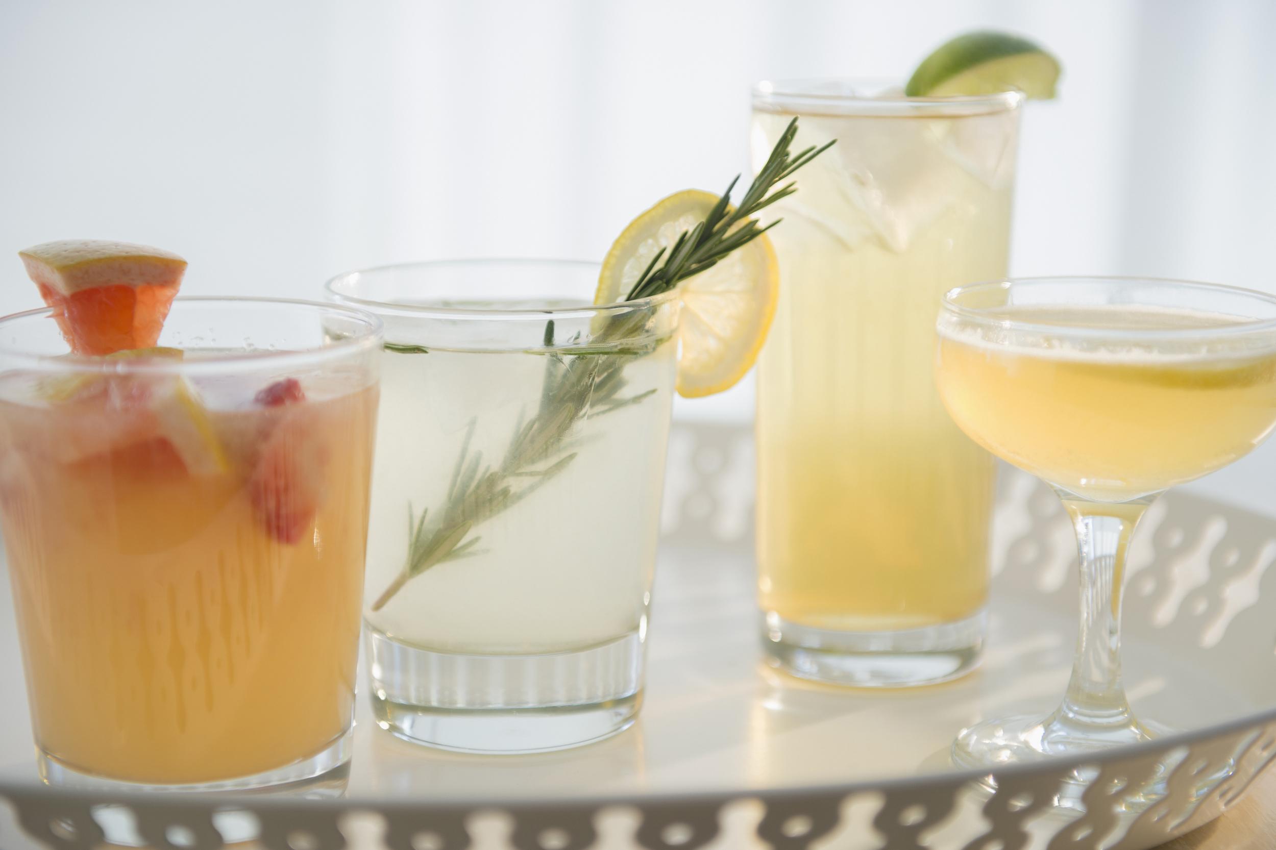 15 cocktail recipes - chasing saturdays