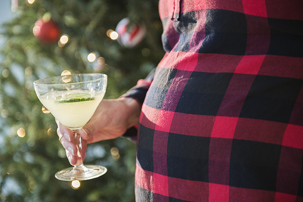 mocktails to survive the holiday season pregnant - chasing saturdays