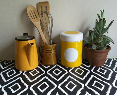 kate zaremba temporary wallpaper as shelf liner - chasing saturdays