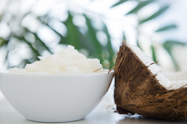 5 beauty uses for coconut oil - chasing saturdays
