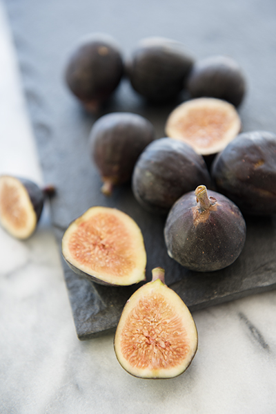 fresh figs - chasing saturdays