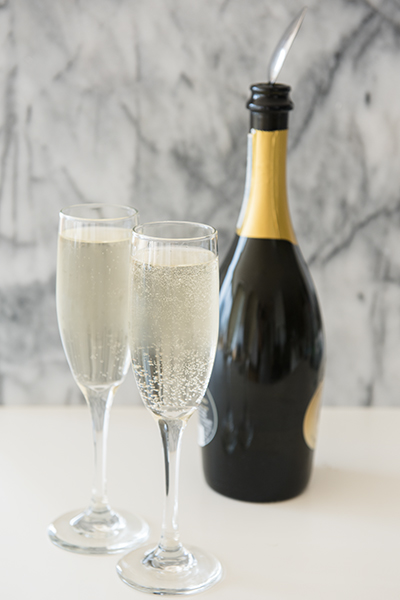 a trick for keeping champagne bubbly - chasing saturdays