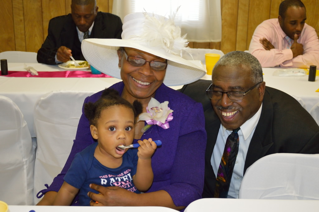 Leilani & Simmons grandparents 2.jpg