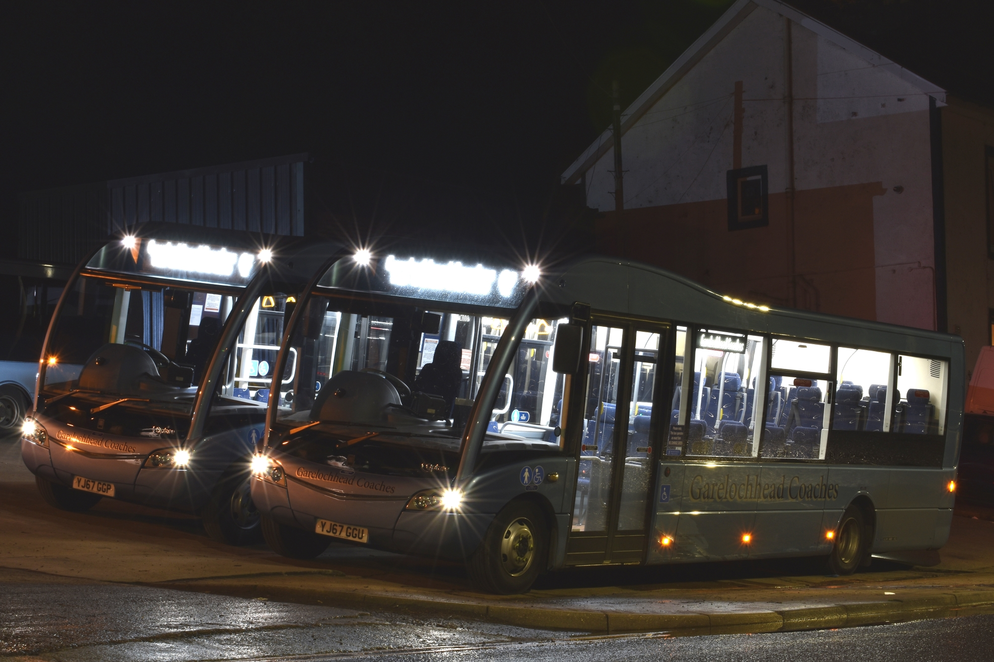 YJ67 GGP &YJ67 GGU Garelochhead Coaches New Optare Solo SRs NEWS RES.jpg