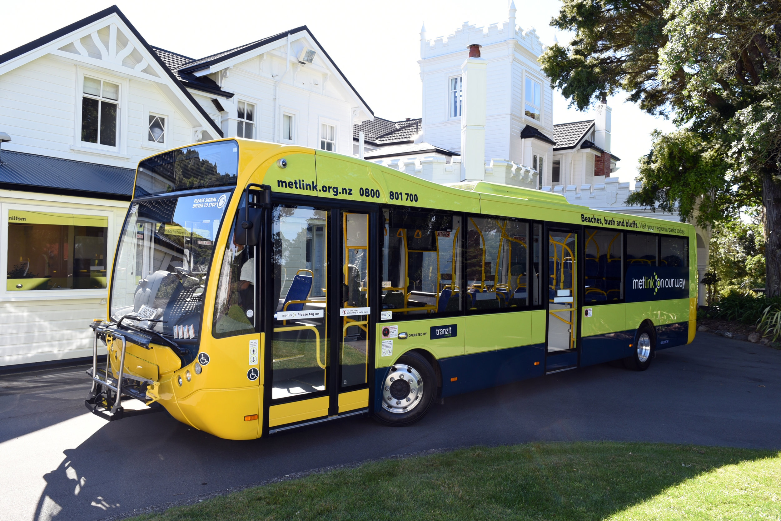 Optare Metrocity at the launch outside, British High Commissioners Residence, Homewood, Wellington, New Zealand