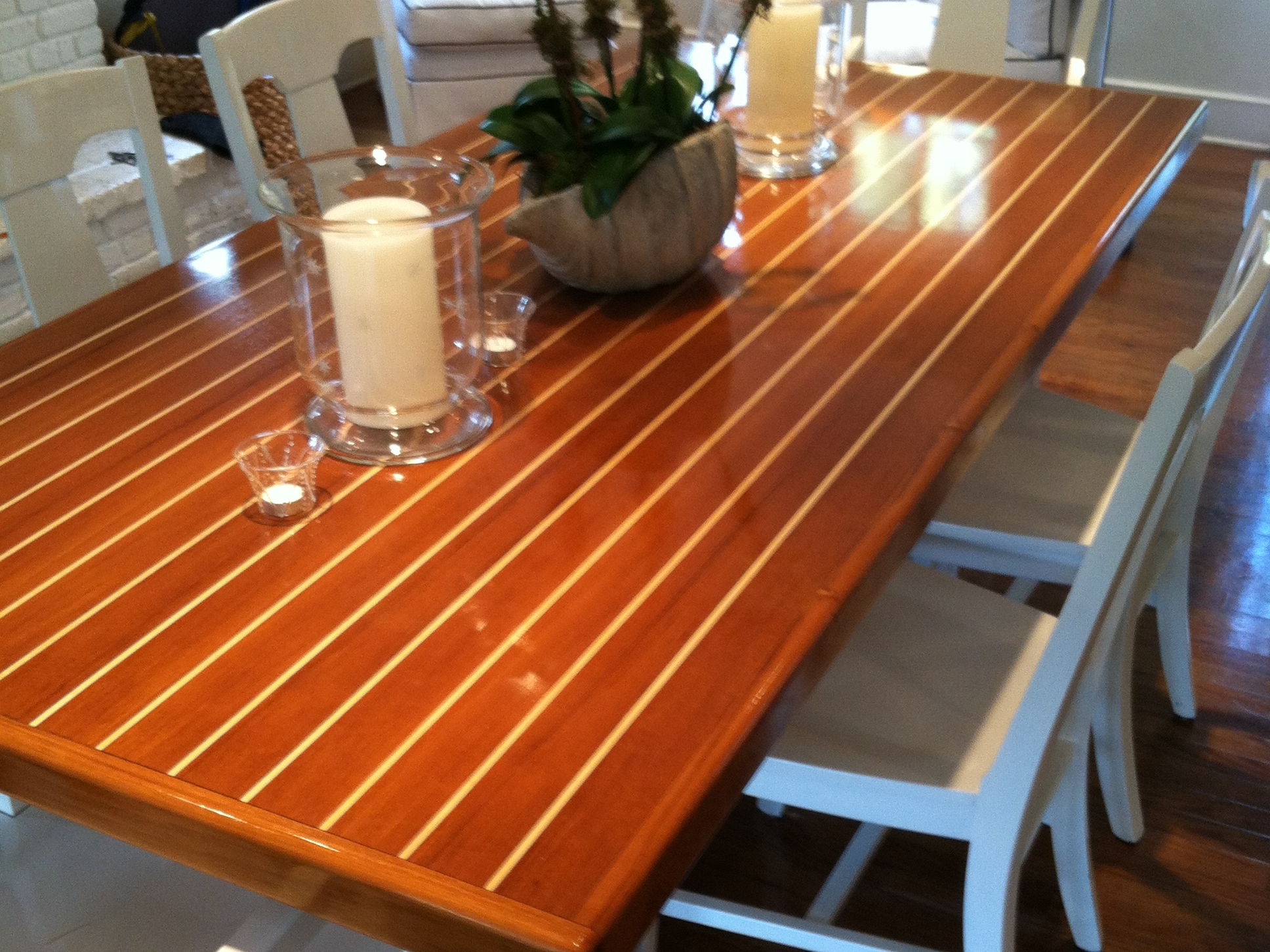 table_horizontal_1.JPG