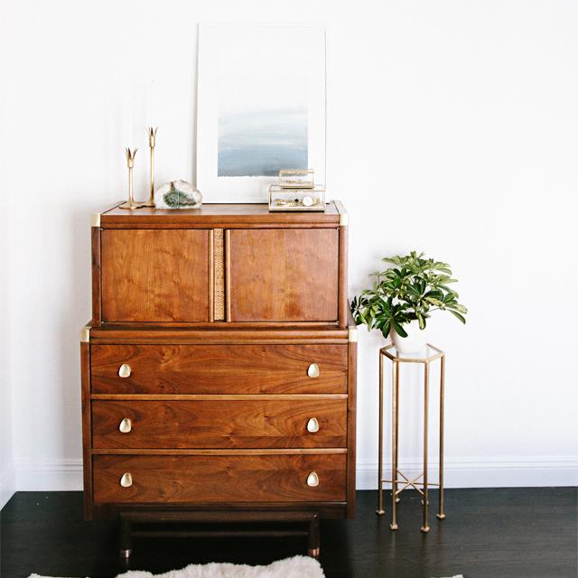 About a Dresser